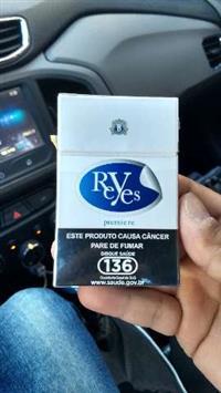 Cigarros Reyes