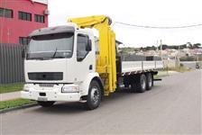 Caminhão Volvo VM240 ano 05