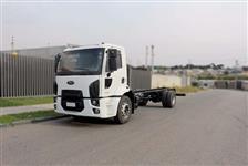 Caminhão Ford Cargo 1519 ano 13