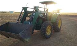 Trator John Deere 5090 4x4 ano 14