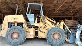 Trator Case W20 4x4 ano 07