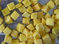 Frutas congeladas em cubos