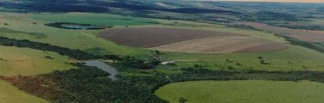 Fazenda para agropecuária Monte Carmelo - MG