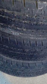 Venda de pneu de caminhonete