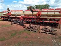 Plantadeira jumil JM 2980 pneumática 20 linhas