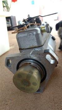 Vendo bomba injetora CAV trator Ford 4600