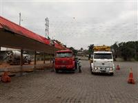 Locação de guindautos, remoção e transportes especializados