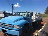 Caminhão Ford F12000 L ano 98