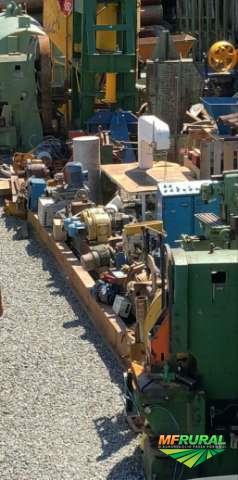 Lote de máquinas operatrizes e equipamentos