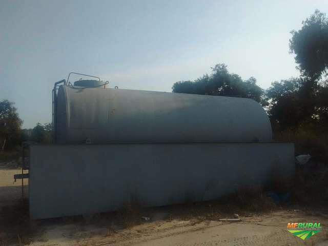 Tanque de abastecimento 30.000 lt com bacia acoplada e bomba