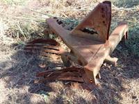Arado 2 Bicos Marca Tatu. Ano 90.