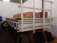 Carroceria Para Caminhão Medindo Comp. 4,60 cm x Larg. 2,30 cm.