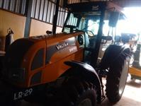 Trator Valtra/Valmet BM 100 4x4 ano 14