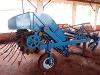 Arrancador ou Invertedor De Amendoim Marca KMB Ano 2006