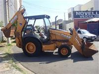 RETROSCAVADEIRA CASE 580 N 4X4