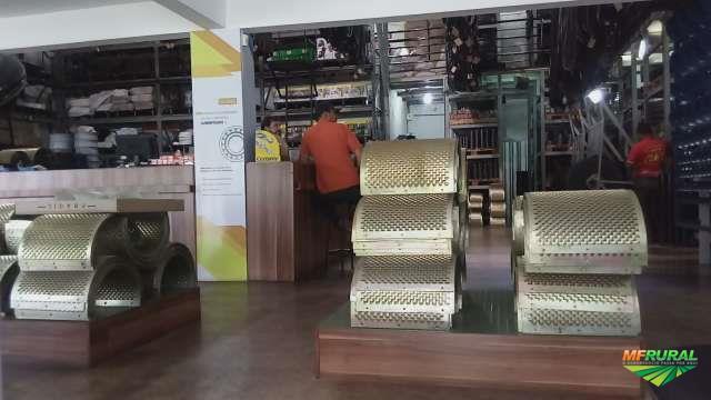 MÁQUINAS, PEÇAS DE REPOSIÇÃO E ACESSÓRIOS PARA CAFEICULTURA