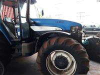 Trator New Holland TM 150 4x4 ano 04