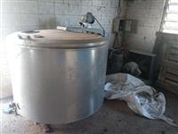 Ordenhadeira canalizada e resfriador de leite 1000lts