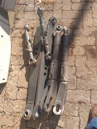 Braços conjunto hidráulico traseiros