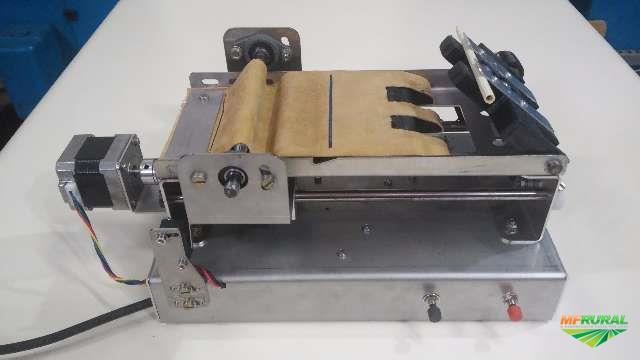Máquina De Enrolar Cigarro de Palha ou Palheiros - Automatizada.