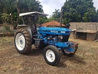 Trator Outros New Holland 4x2 ano 97