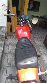 CB 400