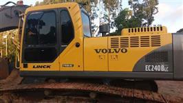 Escavadeira EC240BLC