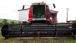 Colheitadeira Massey Ferguson MF 32 Advanced
