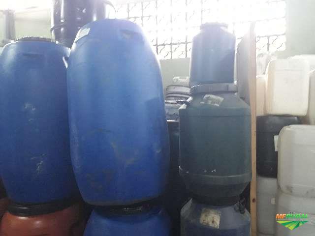 BOMBONA PLASTICA 200 LITROS