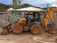 Retro escavadeira jcb 4cx 2011