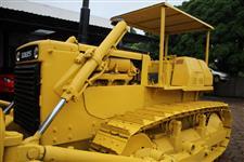 Trator de Esteira Komatsu D65E
