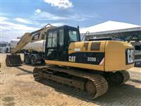 ESCAVADEIRA CAT 320 DL