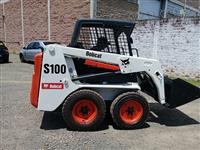 Mini Carregadeira Bobcat S100 - 2010 - Semi Nova