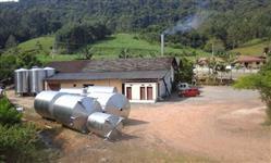 Tanque inox  304,escovado vertical  5 000 litros com pés de apoio R$ 13,000.00