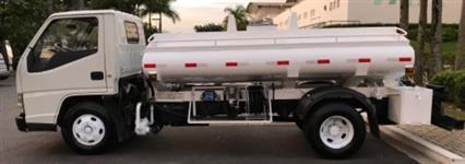 Outros Caminhão Caminhão Tanque 3.000 Litros ano 11