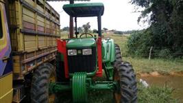 Trator John Deere 5078 4x4 ano 16