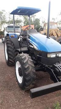 Trator New Holland TL 85 E 4x4 ano 06