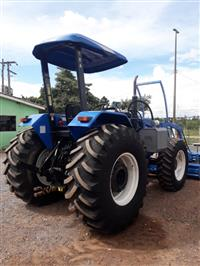 Trator New Holland TS 6020