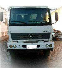 Caminhão Mercedes Benz (MB) Mercedez Benz 2729 8X4 ano 14
