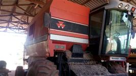 Colheitadeira Massey Ferguson 5650