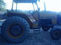 Trator Valtra/Valmet 880 4x2 ano 02