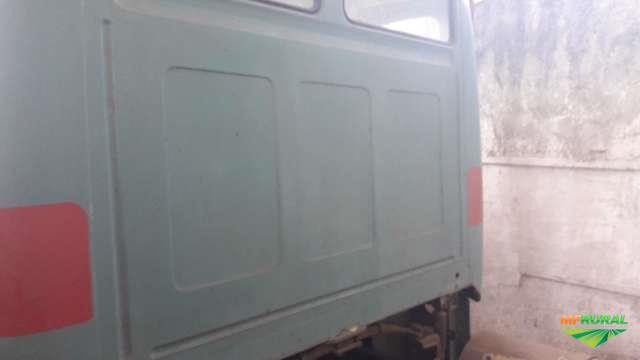 Caminhão Mercedes Benz (MB) 1114 ano 87
