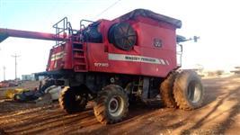 Colheitadeira Massey Ferguson 9790