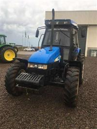 Trator New Holland TL 75 E 4x4 ano 08
