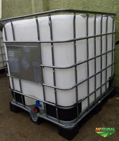 Compro e vendo  reformo containers de 1000 litros  em otimo estado de conservação