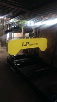 Serra de fita horizontal LP900