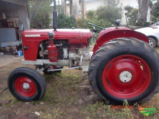 Trator David Brown modelo 900