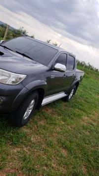 Vende se Toyota Hilux 2012