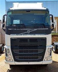 Caminhão Volvo VOLVO FH 540 6X4 COM CANAVIEIRO 2018 ano 18