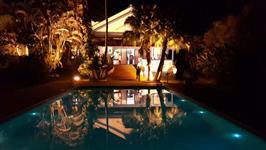 Espetacular casa centenária de fazenda com piscina e infraestrutura